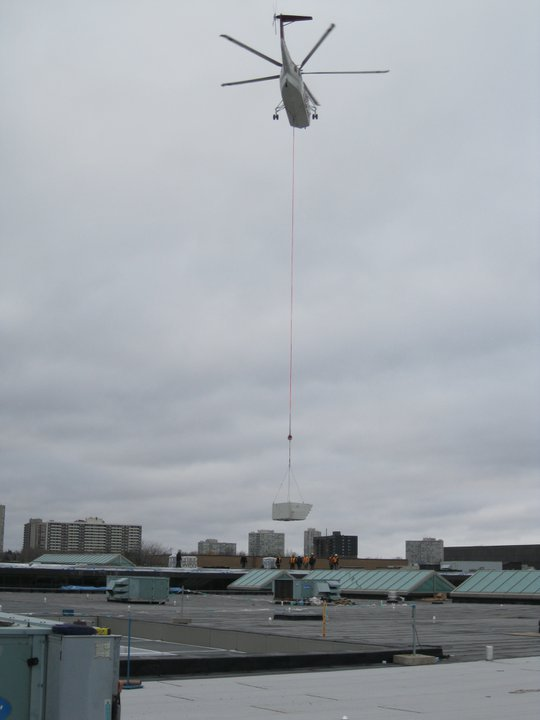 Helicopter material transport at Rogers Centre Jobsite